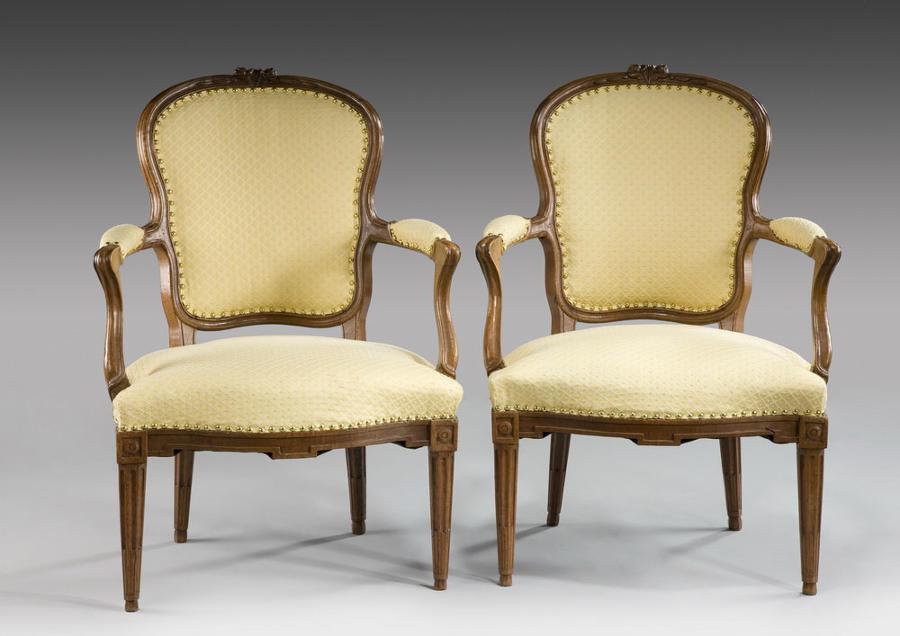 A PAIR OF LOUIS XV FAUTEUIL