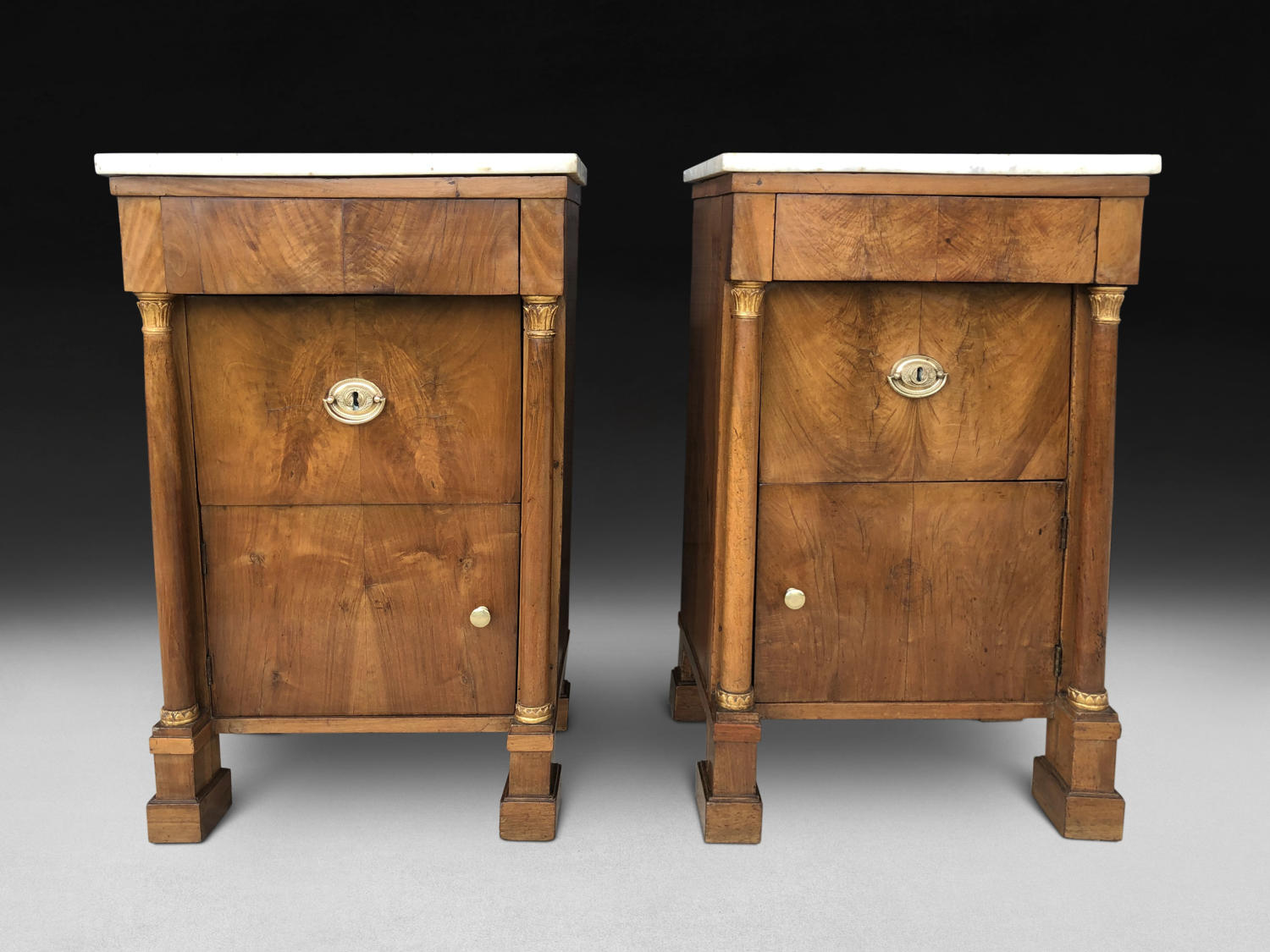 A PAIR OF WALNUT COMMODINI ITALY C. 1800