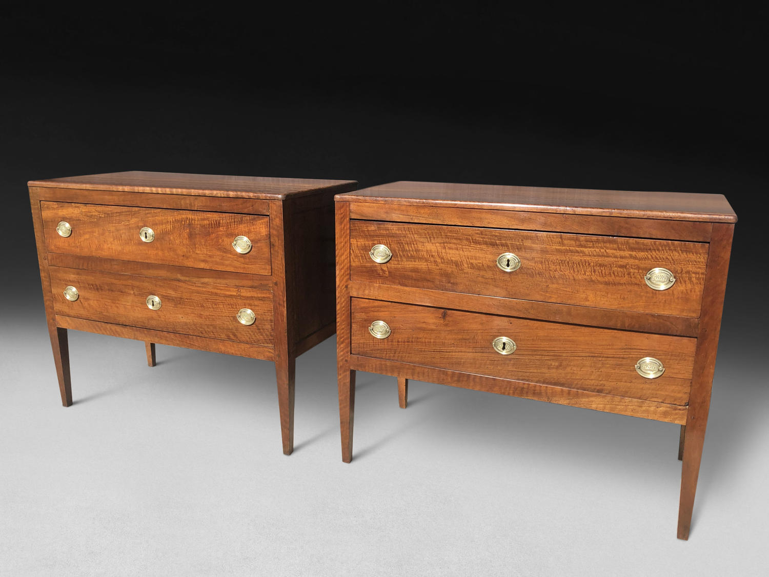 A RARE PAIR OF WALNUT COMMODES. ITALY C. 1800
