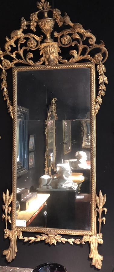 AN 18TH CENTURY ITALIAN MIRROR