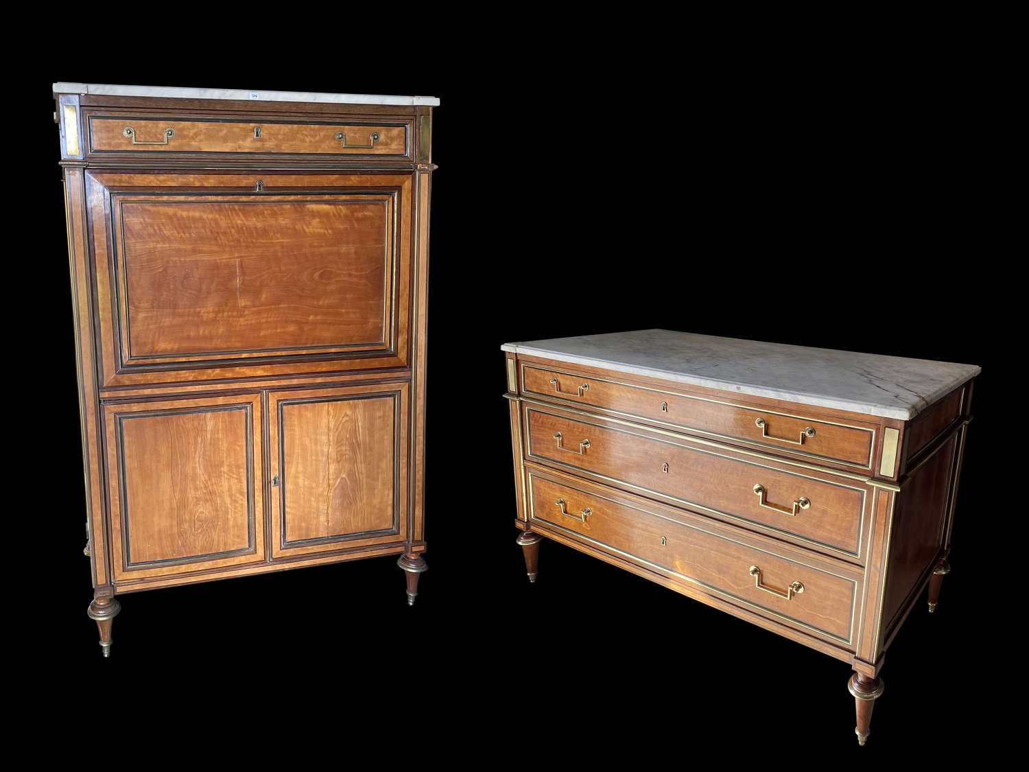 A FINE LOUIS XVI PERIOD SATINWOOD COMMODE