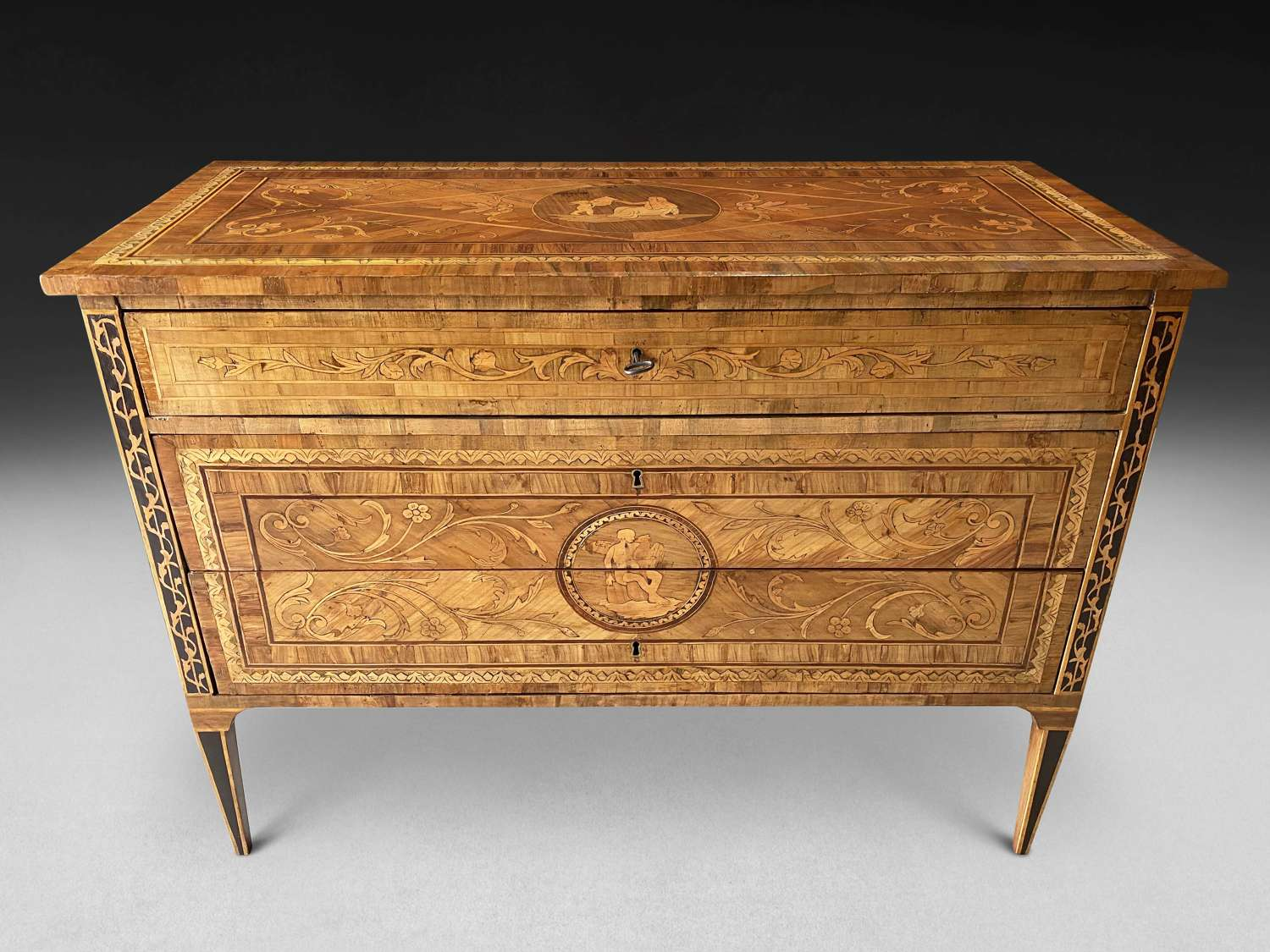 A GOOD MARQUETRY-INLAID COMMODE C 1780
